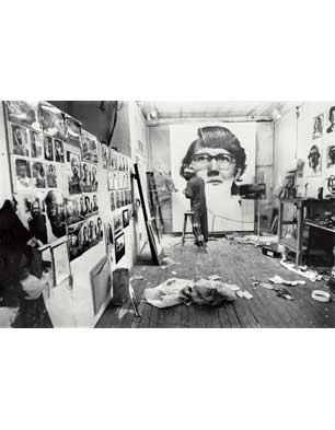 Chuck Close working on 'Keith', 1970 (Photo by Wayne Hollingworth)