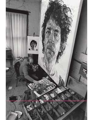 Chuck Close working on 'Jud', 1982 (Photo by S. K. Yaeger)
