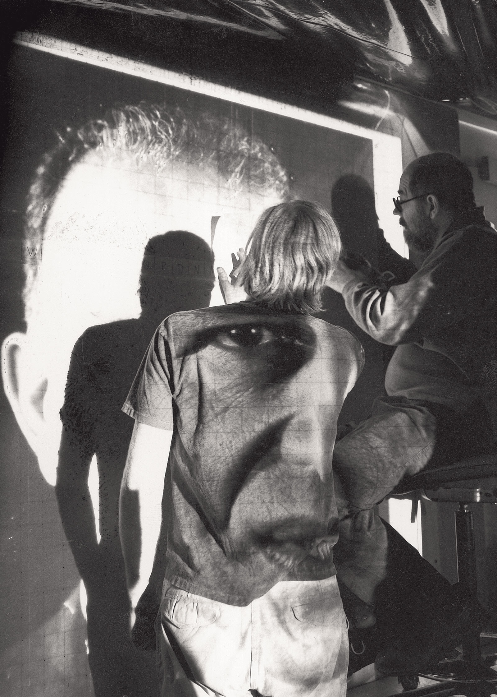 Chuck Close working on 'Alex/Reduction Print', 1991 (Photo by John A. Hill)