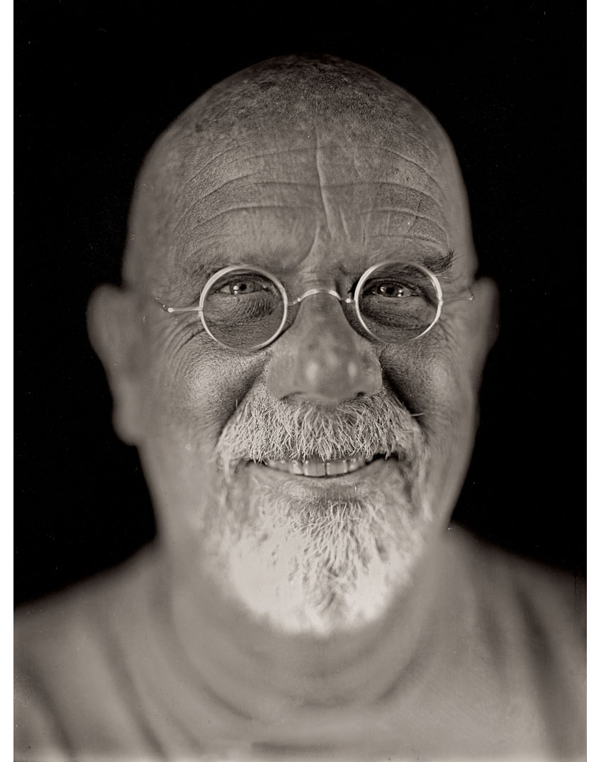Self-Portrait, 2004 (Photo by Chuck Close and Jerry Spagnoli)